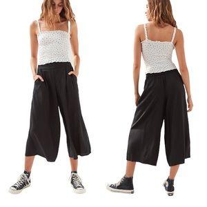 Aritzia Azure Skies Sullivan Pants in Black Small